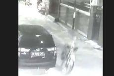 Detik-detik Pencurian Sepeda Gunung Terekam CCTV, Pelaku Bermobil