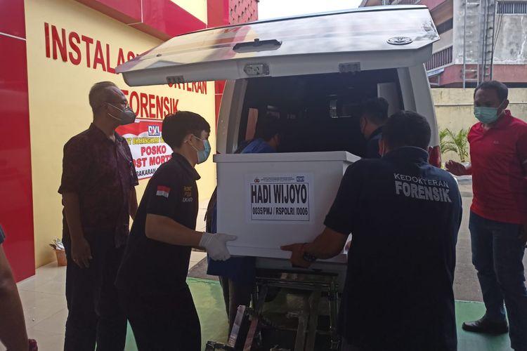 Tiga jenazah Warga Binaan Pemasyarakatan (WBP) korban kebakaran Lembaga Pemasyarakatan (Lapas) Kelas I Tangerang berhasil teridentivikasi oleh tim Disaster Victim Identification (DVI) Polri pada Minggu (12/9/2021).