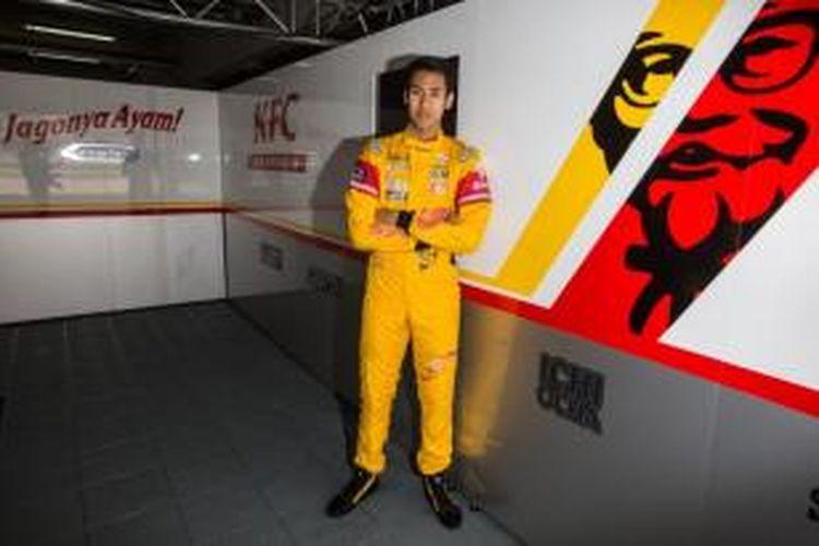 Sean Gelael akan tampil total sebanyak sembilan putaran pada lomba WSR Formula Renault 3.5. pada kejuaraan FIA F3 Eropa, di Silverstone, 10-12 April 2015.