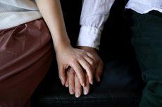 Satpol PP Amankan Tiga Pasang Kekasih Bermesraan di Alun-alun Jember