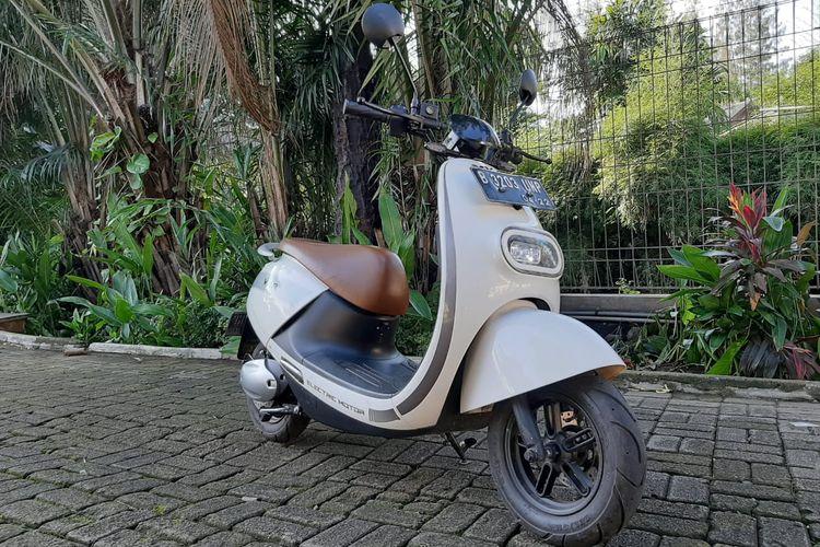 Komparasi skuter listrik Viar Q1, ECGO-2 dan Elvindo Rama