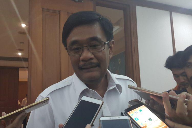 Gubernur DKI Jakarta Djarot Saiful Hidayat di Balai Kota DKI Jakarta, Jalan Medan Merdeka Selatan, Rabu (12/7/2017).