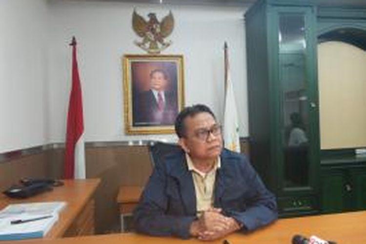 Anggota DPRD DKI Jakarta dari Fraksi Partai Gerindra, M Taufik saat ditemui di ruang kerjanya, di Gedung DPRD DKI Jakarta.
