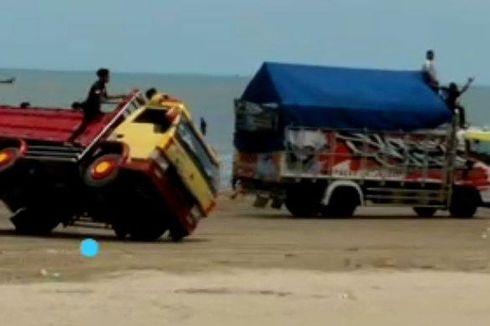 Video Viral Truk Balapan hingga Terguling di Pantai Cemara, Polisi Periksa Salah Satu Sopir