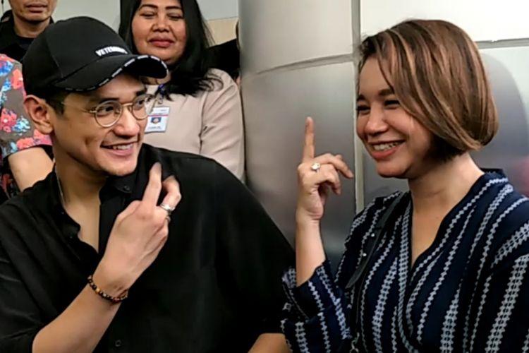 Afgansyah Reza rayakan ulang tahunnya yang ke-29 bersama para pasien anak kurang mampu di Gedung Pusat Kesehatan Ibu Anak (PKIA) RSCM Kiara, Jakarta Pusat, Senin (28/5/2018).