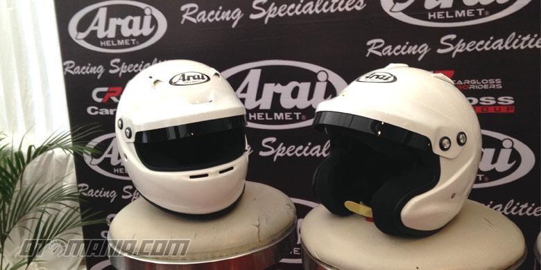 Helm Arai tipe GP yang baru diluncurkan di Indoensia oleh Cargloss Proriders, Kamis (21/1/2015).
