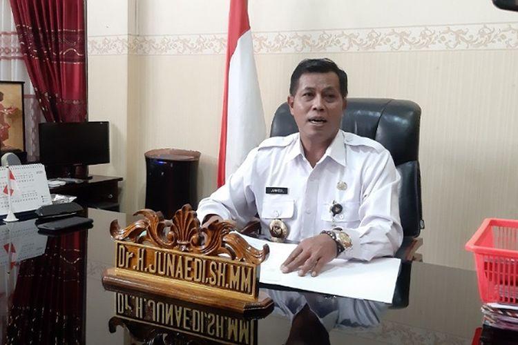 Bupati Pemalang Jawa Tengah Junaedi mulai bekerja kembali setelah sembuh dari Covid-19.