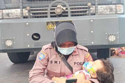 Pangku Putrinya Saat Amankan Demo, Aipda Ismi: Kalian Tak Akan Tahu Beratnya Jadi Polwan Sekaligus Ibu
