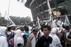 Berkostum Putih-putih, Massa PKS Padati GBK