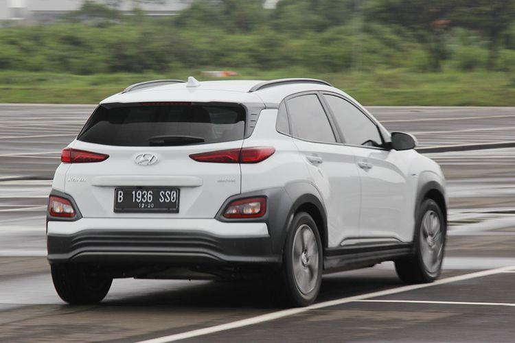 Review Hyundai Kona Electric. SUV berpenggerak listrik dari Hyundai dengan banderol Rp 600 juta-an