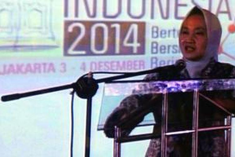 Rektor UGM, Prof. Ir. Dwikorita Karnawati, M.Sc., Ph.D membuka acara Konferesi Big Data Indonesia 2014, Rabu (3/12/2014) yang digelar di Yogyakarta.