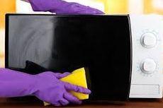 Cukup dengan 3 Bahan Alami, Microwave Bersih Secepat Kilat