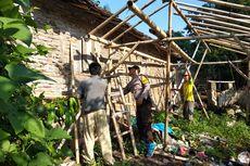 Rumah Roboh akibat Angin Kencang di Jember Mulai Diperbaiki