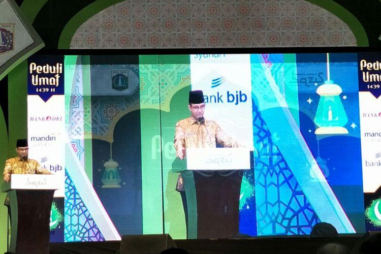 Gubernur DKI Jakarta Anies Baswedan membuka acara Peduli Umat oleh Bazis DKI di Jakarta Convention Center, Kamis (31/5/2018).