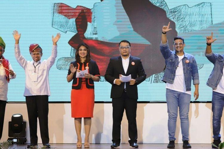 Dua paslon wali kota dan wakil wali kota Medan yaitu Akhyar Nasution - Salman Alfarisi (AMAN) dan Bobby Nasution - Aulia usai debat putaran pertama, Rabu (25/11/2020)