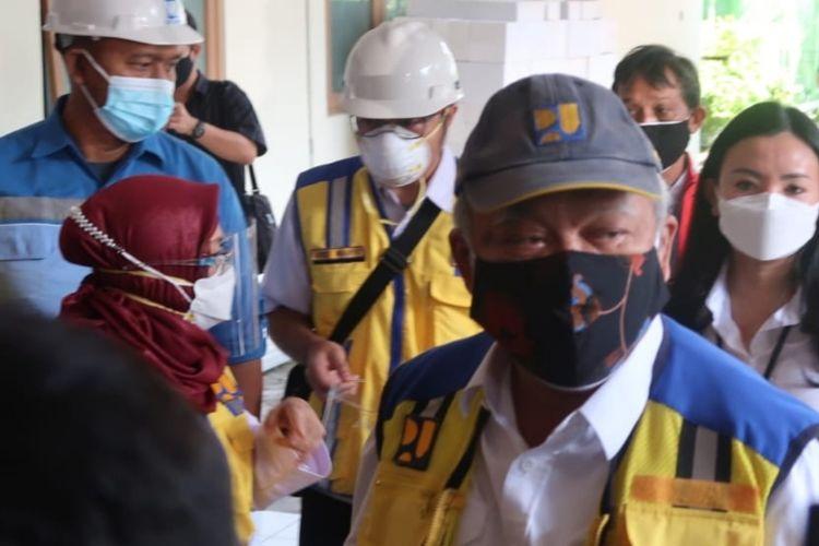 Menteri PUPR Basuki Hadimuljono di RS Lapangan Khusus Covid-19 di Bantul Selasa (27/7/2021)