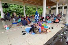 Pengungsi Gempa di Majene Kesulitan Air Bersih dan Listrik Masih Padam