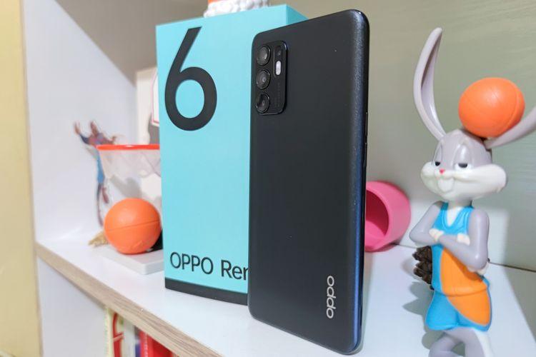 Oppo Reno6.