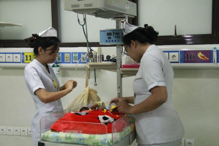 Bayi kembar siam asal Buleleng, Bali menjalani perawatan di RSUP Sanglah, Denpasar, Rabu (4/9/2019).