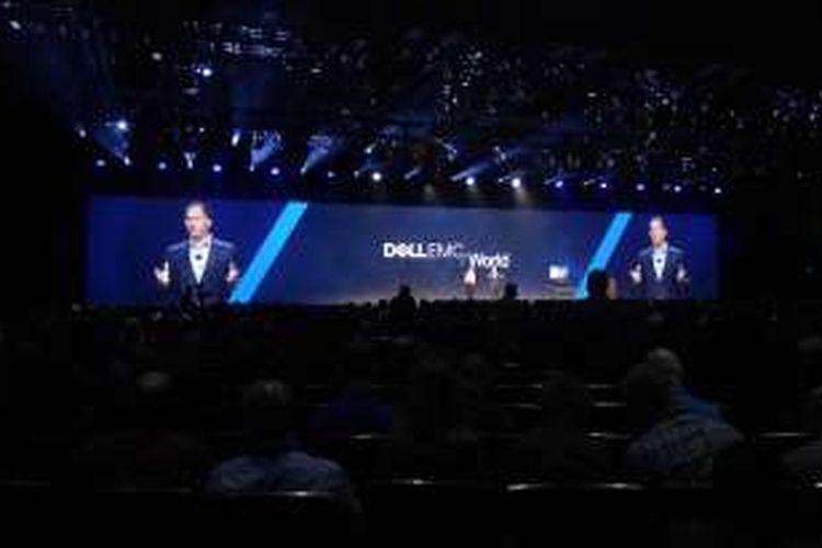 Michael Dell saat menyampaikan paparannya di ajang Dell EMC World 2016 di Austin, Texas, Amerika Serikat, Rabu (20/10/2016).