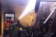 Masak Air lalu Ditinggal Menonton TV, Rumah Terbakar di Pancoran Mas Depok
