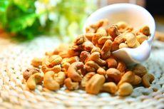 Resep Kacang Mete Goreng Daun Jeruk, Aromanya Harum