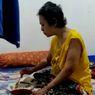 Terima Kasih untuk Pembaca Kompas.com dari Rhika, Wanita Pengidap Kanker Ovarium yang Kehilangan 2 Kaki
