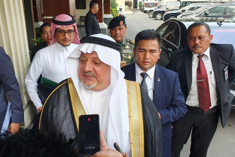 Duta Besar Arab Saudi untuk Indonesia Esam A. Abid Althagafi di Kantor Kementerian Koordinator bidang Politik Hukum dan Keamanan, Jakarta, Senin (25/11/2019).