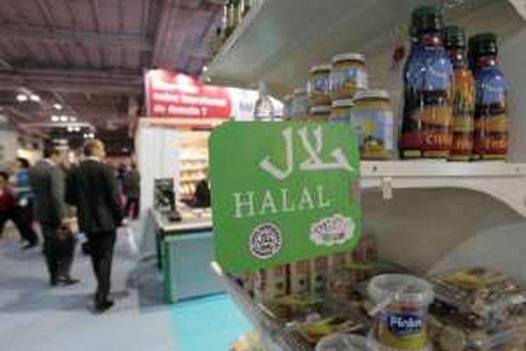 Toko halal di Paris barat laut dipaksa menjual daging babi dan alkohol.