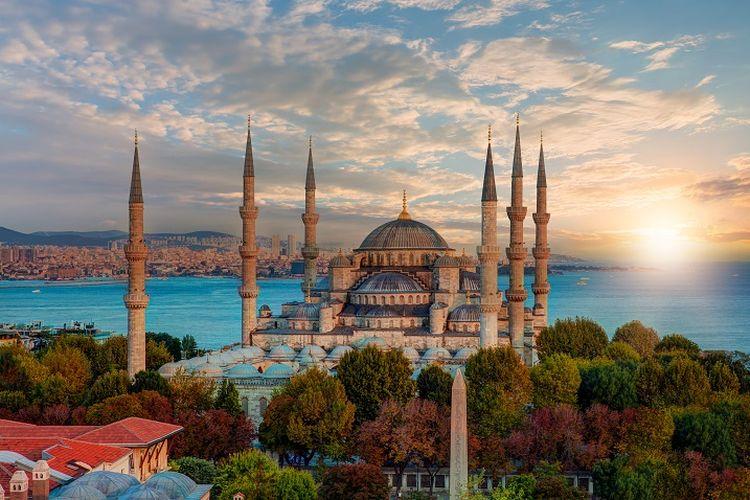 Ilustrasi Turki - Bangunan Blue Mosque.