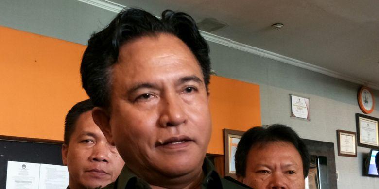 Ketua Umum PBB, Yusril Ihza Mahendra ketika ditemui di kantor Bawaslu RI, Jakarta, Jumat (23/2/2018).