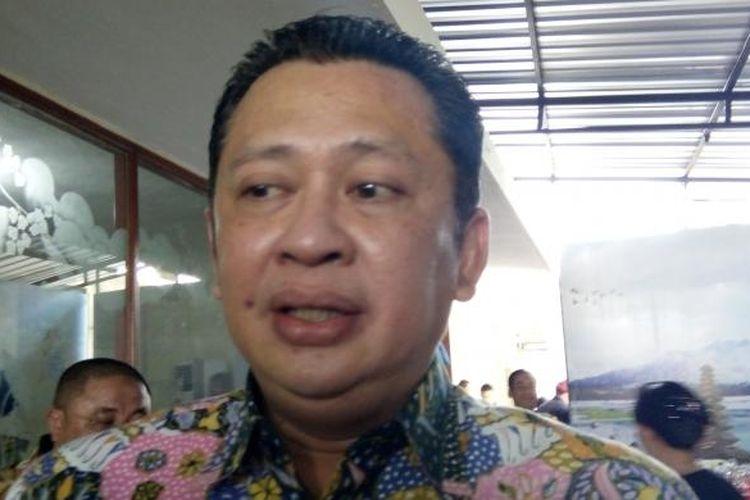 Bambang Soesatyo, Ketua Panja Kunker Komisi III DPR RI saat di Mapolda Bali, Senin(10/10/2016)