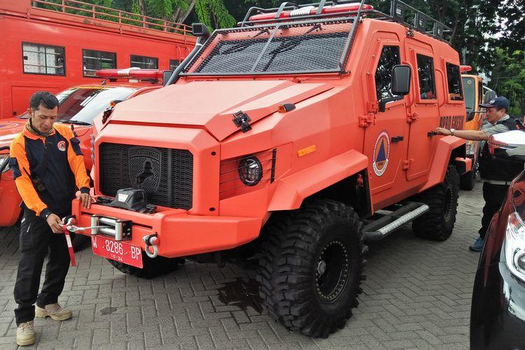 Tampilan mobil amfibi dengan kapasitas mesin 2.600 cc, yang disumbang untuk BPBD Gresik.