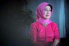 Ibunda Jokowi Meninggal, Mendes PDTT: Indonesia Kehilangan Sosok Ibu yang Tegas dan Baik Hati