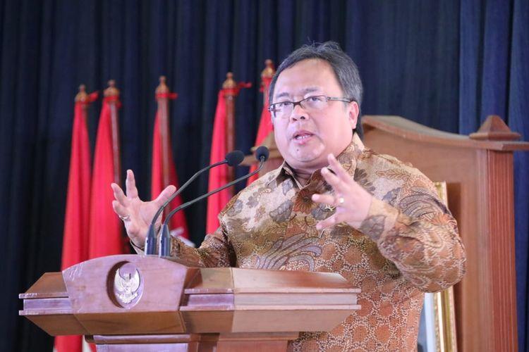 """Menteri PPN/Bappenas Bambang Brodjonegoro saat menyampaikan sambutannya dalam """"Dialog Nasional Pemindahan Ibu Kota Negara ke-III"""" , yang diselenggarakan di Ruang Rapat DH 1-5 Bappenas, pada Kamis (1/8)."""