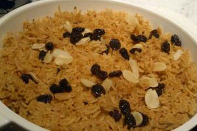 Arabic Rice Tomato atau Nasi Tomat merupakan menu khusus ala Timur Tengah yang disajikan selama bulan Ramadhan di L'Avenue, The Hermitage Hotel Menteng
