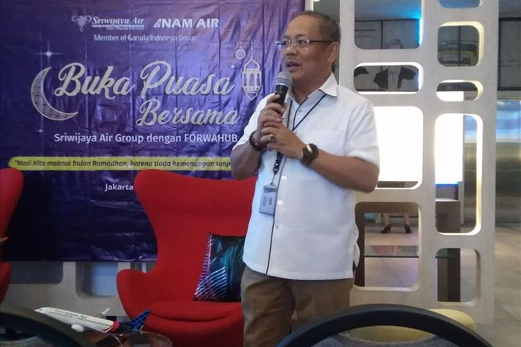 Direktur Utama Sriwijaya Air Joseph Adrian Saul dalam paparan pencapain Sriwijaya Air dan buka puasa bersama di Jakarta, Selasa (28/5/2019).