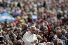 Paus: Kalungkan Batu ke Leher Koruptor, lalu Buang Mereka ke Laut