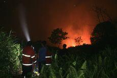 Kobaran Api Kebakaran Lahan Dekati Permukiman, Warga Mengungsi