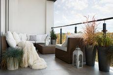9 Ide Dekorasi Balkon Sempit agar Nyaman dan Sedap Dipandang