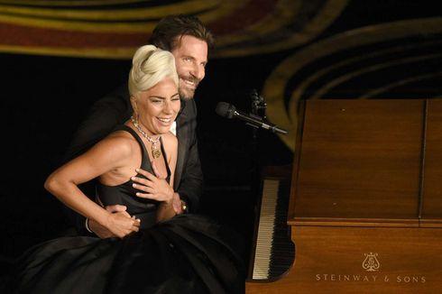 Jawab Rumor dengan Bradley Cooper, Lady Gaga Sebut Media Sosial Toilet Internet