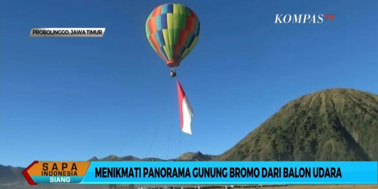 Wahana balon udara di kawasan Gunung Bromo