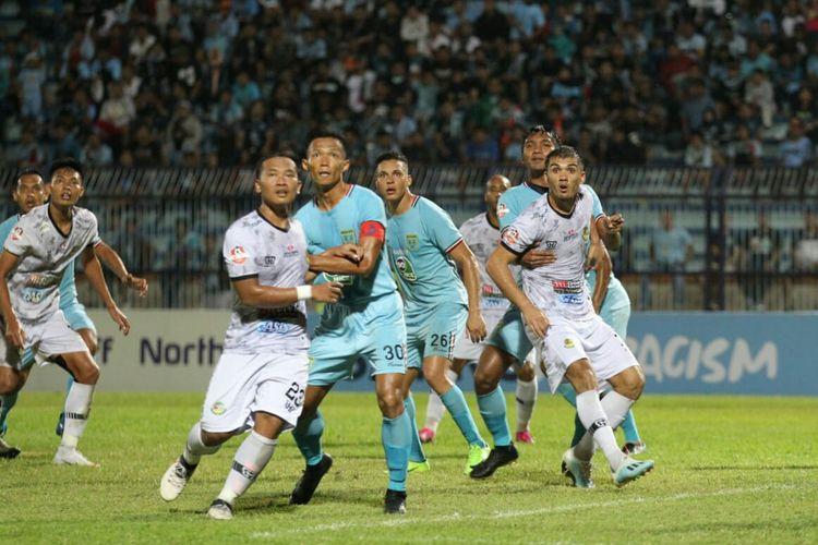Laga pekan ke-16 Liga 1 2019 antara Persela Lamongan vs PS Tira Persikabo yang berlangsung di Stadion Surajaya, Lamongan, Minggu (25/8/2019) petang.
