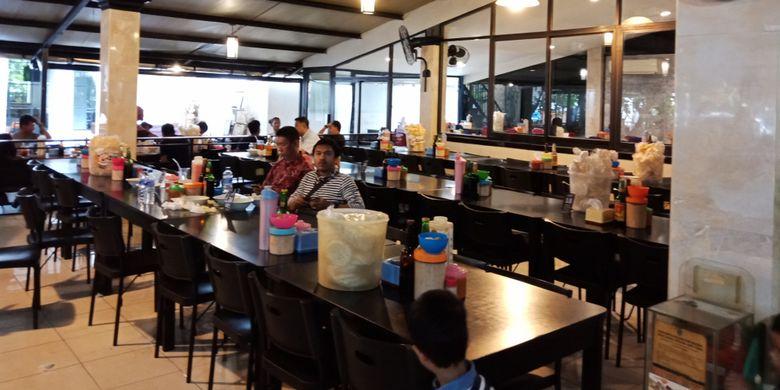 Soto Lamongan Cak Har yang cukup tersohor di Surabaya, Jumat (6/4/2018).