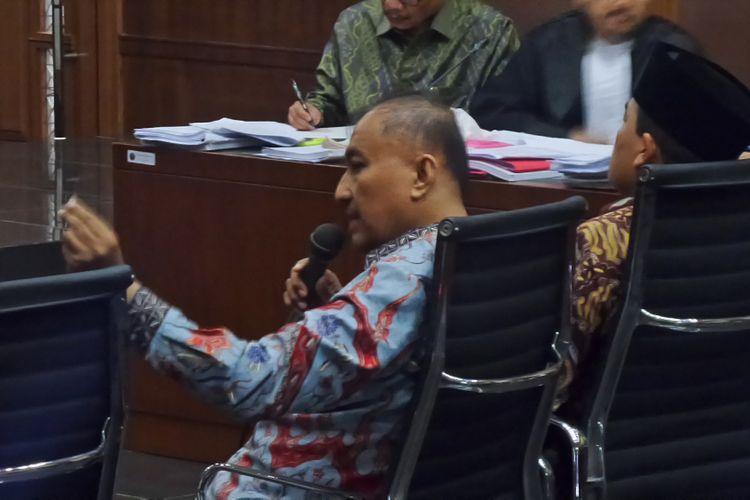 Anggota DPR RI, Markus Nari saat bersaksi di Pengadilan Tipikor Jakarta, Kamis (6/4/2017).