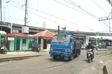 Antisipasi Kecelakaan, Petugas Minta Pasang Palang Pintu dan Rambu di Perlintasan Kereta Stasiun Ancol