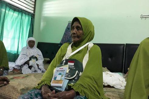 Cerita Nenek 102 Tahun Jadi Jemaah Haji Tertua di Surabaya