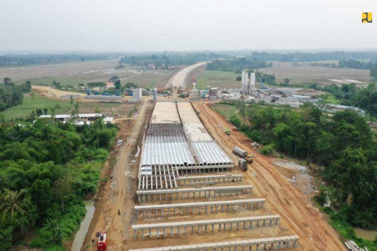 Konstruksi Tol Serang-Panimbang dihentikan sementara selama 14 hari.