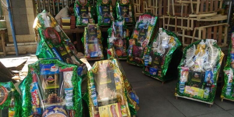 Deretan Parcel yang dijual di kawasan Cikini, Jakarta (28/6).
