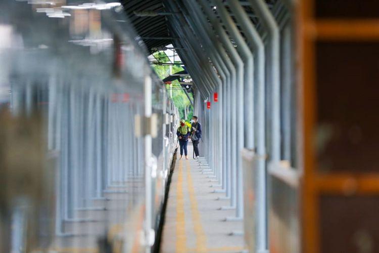 PT Kereta Api Indonesia (KAI) mengajak masyarakat untuk sama-sama mematuhi kebijakan yang telah ditetapkan oleh pemerintah terkait PPKM Darurat.